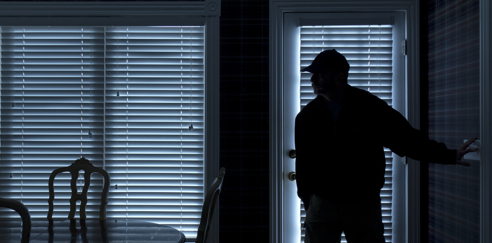 4 Lifesaving Tips To Prepare For A Home Invasion